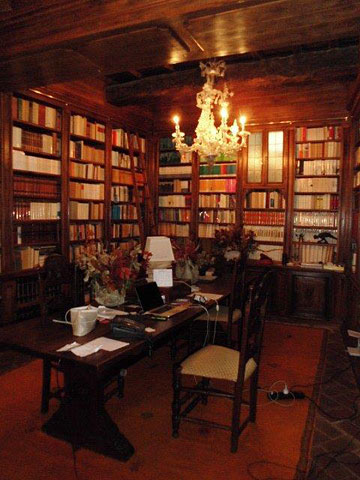 The library at Castello di Volpaia