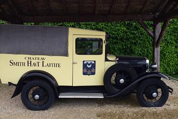 Château Smith Haut Lafitte truck